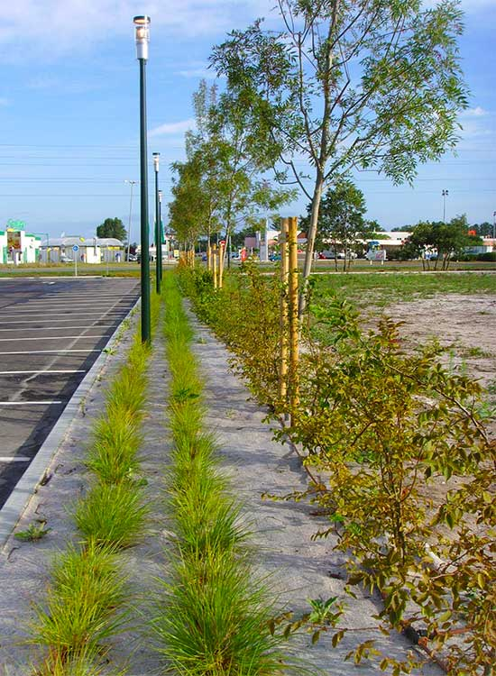 plantations parking auchan biganos technivert