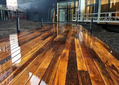 Terrasse en bois pour le quartier Bordeaux Euratlantique (33)